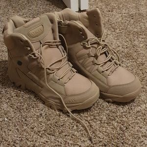 Brand new boots- mens